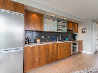 """Photo 15: 807 168 POWELL Street in Vancouver: Downtown VE Condo for sale in """"Smart"""" (Vancouver East)  : MLS®# R2587913"""