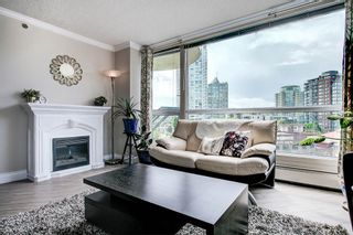 """Photo 3: 603 283 DAVIE Street in Vancouver: Yaletown Condo for sale in """"Pacific Plaza"""" (Vancouver West)  : MLS®# R2393051"""