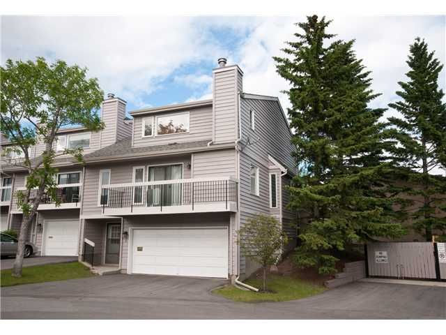 Main Photo: 9 EDGELAND Close NW in CALGARY: Edgemont Townhouse for sale (Calgary)  : MLS®# C3623524