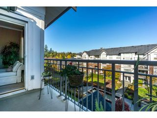 "Photo 19: 401 2167 152 Street in Surrey: Sunnyside Park Surrey Condo for sale in ""Muirfield Gardens"" (South Surrey White Rock)  : MLS®# R2217590"