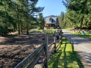 Photo 2: 2939 Laverock Rd in : ML Shawnigan House for sale (Malahat & Area)  : MLS®# 873048