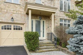 Photo 2: 29 Sanibel Cres in Vaughan: Uplands Freehold for sale : MLS®# N5211625