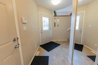 Photo 2: 10 Pamela Road in Winnipeg: Island Lakes Residential for sale (2J)  : MLS®# 202120895