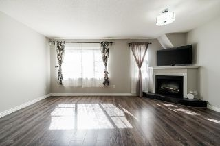 """Photo 3: 69 15871 85 Avenue in Surrey: Fleetwood Tynehead Townhouse for sale in """"Huckleberry"""" : MLS®# R2624709"""