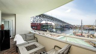 "Photo 2: 202 1600 HOWE Street in Vancouver: Yaletown Condo for sale in ""Admiralty"" (Vancouver West)  : MLS®# R2562661"
