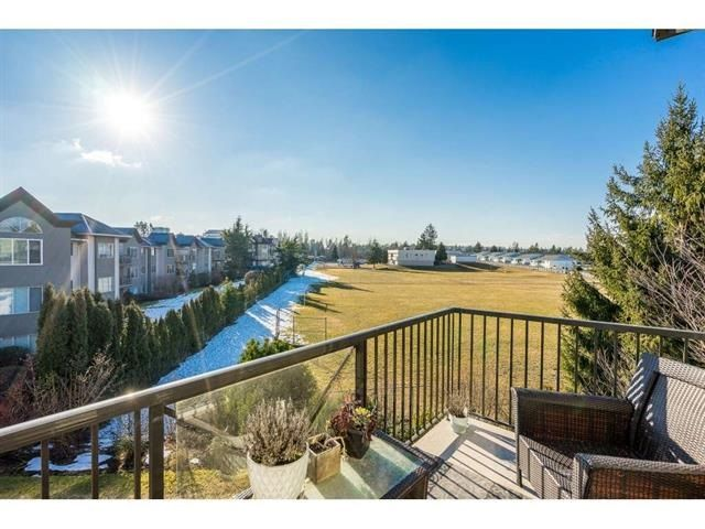 Photo 2: Photos: 304 32725 GEORGE FERGUSON Way in Abbotsford: Abbotsford West Condo for sale : MLS®# R2488221