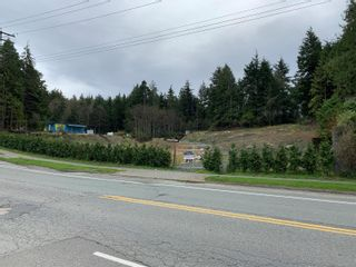 Photo 7: 1920 Peninsula Rd in : PA Ucluelet Mixed Use for sale (Port Alberni)  : MLS®# 858453