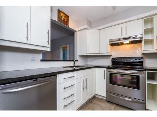 """Photo 5: 208 737 HAMILTON Street in New Westminster: Uptown NW Condo for sale in """"THE COURTYARD"""" : MLS®# R2060050"""