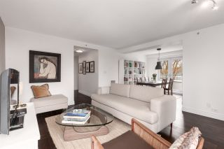 Photo 1: 406 2988 ALDER Street in Vancouver: Fairview VW Condo for sale (Vancouver West)  : MLS®# R2556084