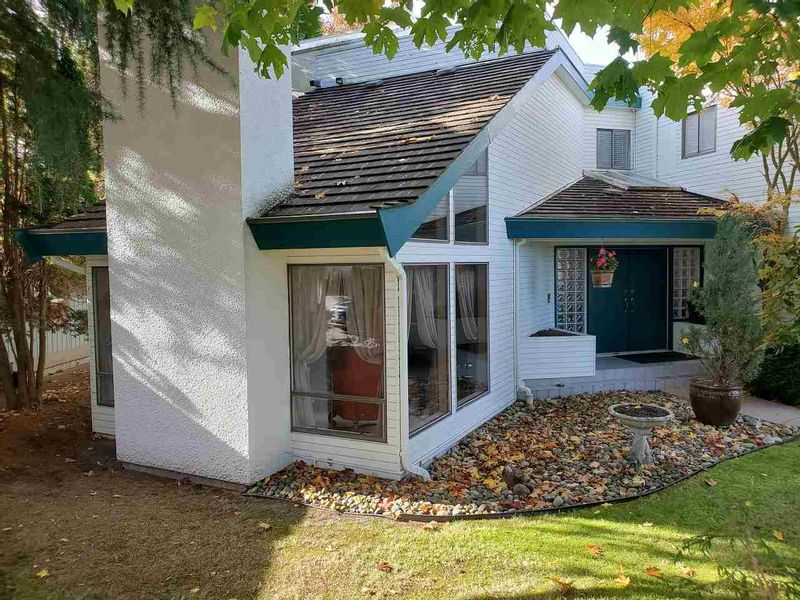 FEATURED LISTING: 7671 CHELSEA Road Richmond