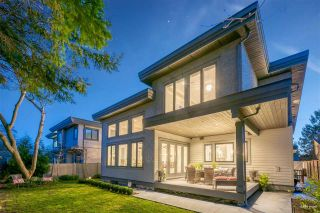 "Photo 5: 1560 BREARLEY Street: White Rock House for sale in ""WHITE ROCK"" (South Surrey White Rock)  : MLS®# R2570508"