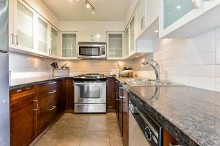 """Photo 15: 1704 1 RENAISSANCE Square in New Westminster: Quay Condo for sale in """"Q"""" : MLS®# R2539218"""