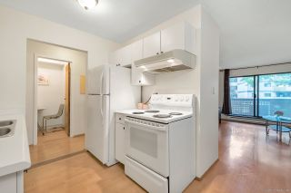 """Photo 4: 118 8700 ACKROYD Road in Richmond: Brighouse Condo for sale in """"LANSDOWNE SQUARE"""" : MLS®# R2287906"""