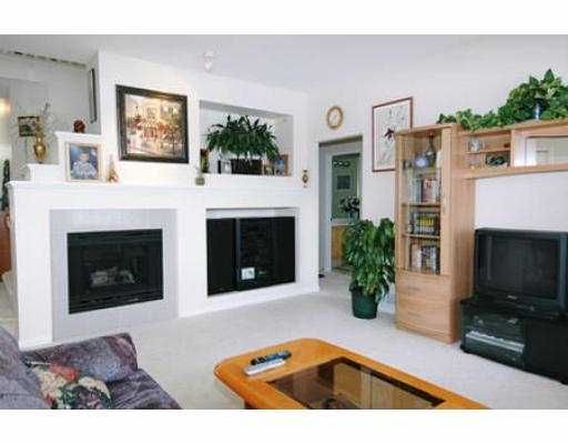 Photo 4: Photos: 3086 MULBERRY PL in Coquitlam: Westwood Plateau House for sale : MLS®# V540854