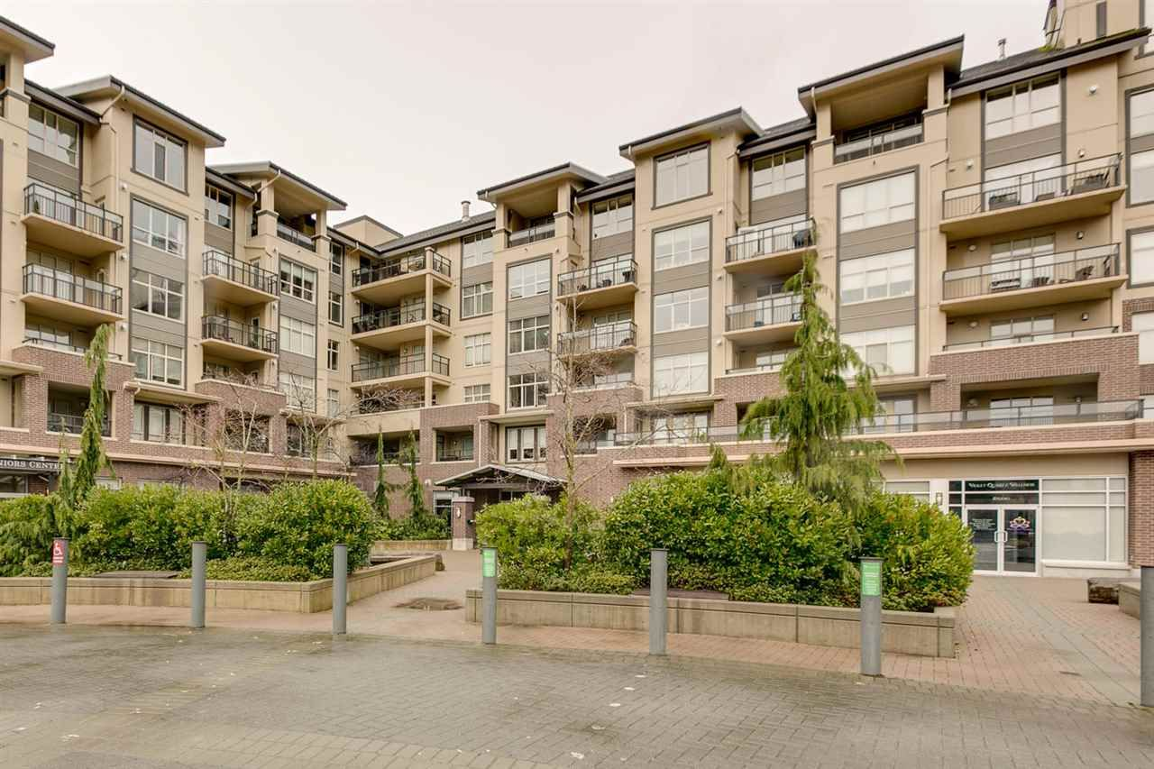 """Main Photo: 220 1211 VILLAGE GREEN Way in Squamish: Downtown SQ Condo for sale in """"Rockcliffe"""" : MLS®# R2043365"""