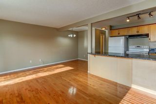 Photo 12: 431 Country Village Cape NE in Calgary: Country Hills Village Row/Townhouse for sale : MLS®# A1043447