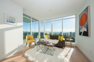"""Photo 4: 2109 525 FOSTER Avenue in Coquitlam: Coquitlam West Condo for sale in """"Lougheed Heights II"""" : MLS®# R2531526"""