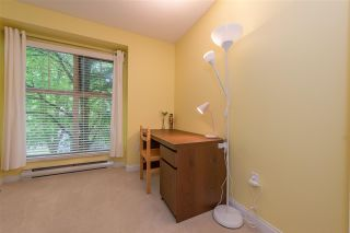 "Photo 11: 40 65 FOXWOOD Drive in Port Moody: Heritage Mountain Townhouse for sale in ""Forest Hill"" : MLS®# R2390192"