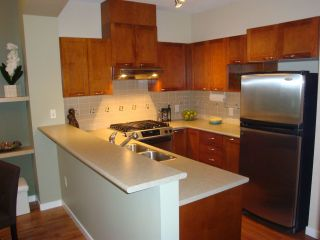 Photo 4: 402 2969 WHISPER Way in Coquitlam: Westwood Plateau Condo for sale : MLS®# R2037261