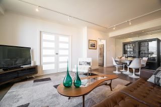 """Photo 3: 1703 1010 BURNABY Street in Vancouver: West End VW Condo for sale in """"The Ellington"""" (Vancouver West)  : MLS®# R2602779"""