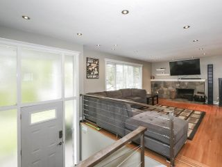 Photo 2: 1304 FOSTER AVENUE in Coquitlam: Central Coquitlam House for sale : MLS®# R2433581