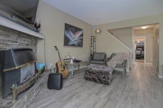 """Photo 4: 7 34755 OLD YALE Road in Abbotsford: Abbotsford East Townhouse for sale in """"Glenview"""" : MLS®# R2454937"""