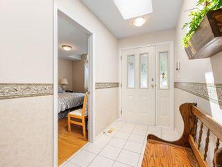Photo 4: 5685 Carrington Rd in Nanaimo: Na North Nanaimo House for sale : MLS®# 879847