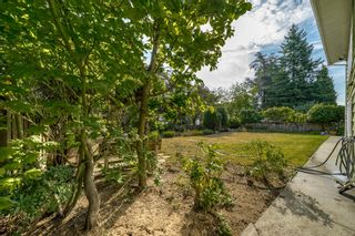 "Photo 39: 8755 CREST Drive in Burnaby: The Crest House for sale in ""Cariboo-Cumberland"" (Burnaby East)  : MLS®# R2396687"
