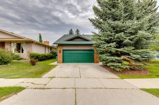 Main Photo: 327 Woodfield Road SW in Calgary: Woodbine Detached for sale : MLS®# A1132284