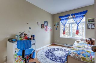 """Photo 15: 211 1432 PARKWAY Boulevard in Coquitlam: Westwood Plateau Condo for sale in """"MONTREUX"""" : MLS®# R2099628"""