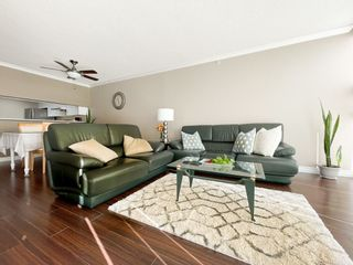 "Photo 8: 1604 1199 EASTWOOD Street in Coquitlam: North Coquitlam Condo for sale in ""Selkirk"" : MLS®# R2534890"