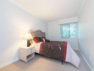 """Photo 13: 32 9101 FOREST GROVE Drive in Burnaby: Forest Hills BN Townhouse for sale in """"ROSSMOOR"""" (Burnaby North)  : MLS®# R2192598"""