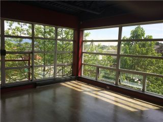 """Photo 6: 432 350 E 2ND Avenue in Vancouver: Mount Pleasant VE Condo for sale in """"MAIN SPACE"""" (Vancouver East)  : MLS®# V1063714"""