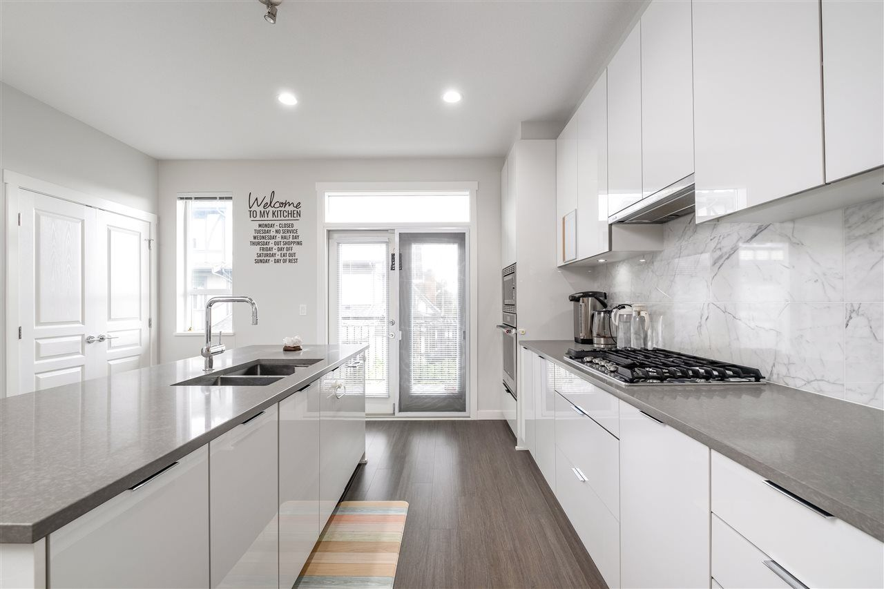 """Photo 12: Photos: 17 10388 NO. 2 Road in Richmond: Woodwards Townhouse for sale in """"KINGSLEY ESTATE"""" : MLS®# R2529818"""