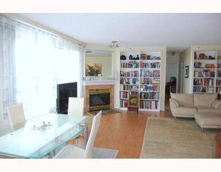 """Photo 2: 705 1355 W BROADWAY BB in Vancouver: Fairview VW Condo for sale in """"THE BROADWAY"""" (Vancouver West)  : MLS®# V761495"""