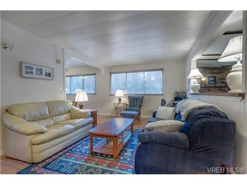 Main Photo: D6 920 Whittaker Rd in MALAHAT: ML Mill Bay Manufactured Home for sale (Malahat & Area)  : MLS®# 708845