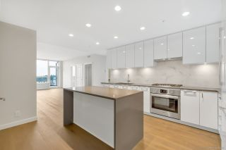 "Photo 3: 1702 3487 BINNING Road in Vancouver: University VW Condo for sale in ""ETON"" (Vancouver West)  : MLS®# R2486795"