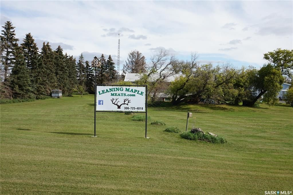 Live and Work out of this wonderful acreage, stretch you eyes everyday on you 13.51 acres of Heaven.