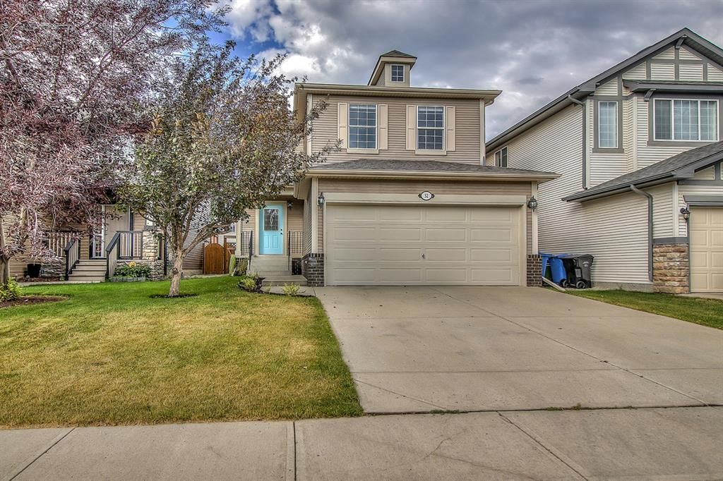 Main Photo: 52 COUGARSTONE Villa SW in Calgary: Cougar Ridge Detached for sale : MLS®# A1020063