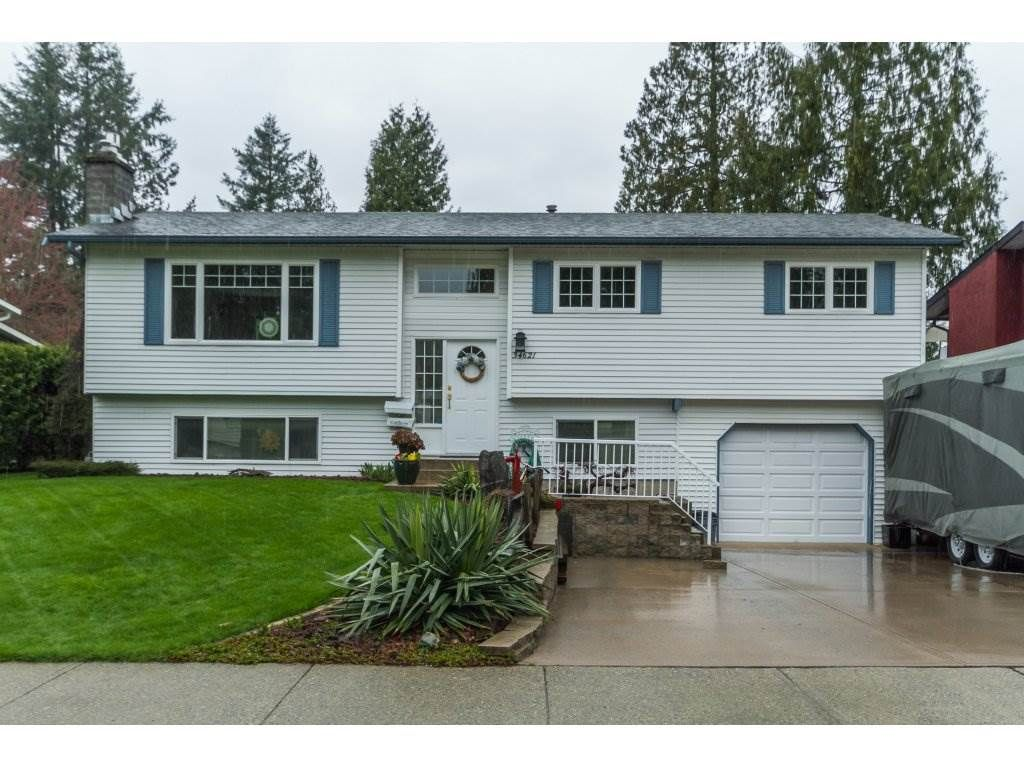 Main Photo: 34621 YORK Avenue in Abbotsford: Abbotsford East House for sale : MLS®# R2153513