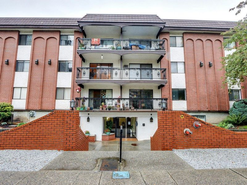 FEATURED LISTING: 208 - 707 HAMILTON Street New Westminster