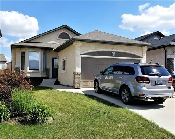 Main Photo:  in Winnipeg: Bridgewood Estates Residential for sale (3J)  : MLS®# 1817644