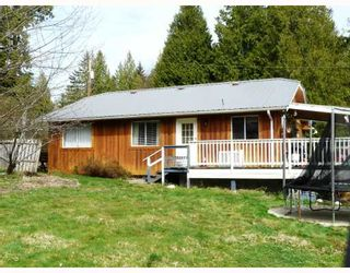 """Photo 8: 91 CLARK Road in Gibsons: Gibsons & Area House for sale in """"SUNNYSIDE"""" (Sunshine Coast)  : MLS®# V761169"""