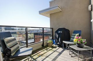 Photo 5: 405 2181 WEST 12TH AVENUE in Carlings: Home for sale