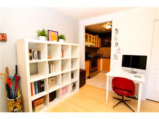 "Photo 3: 210 3131 MAIN Street in Vancouver: Mount Pleasant VE Condo for sale in ""CARTIER PLACE"" (Vancouver East)  : MLS®# V972221"