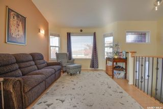 Photo 3: 107 Holmes Crescent in Saskatoon: Stonebridge Residential for sale : MLS®# SK871607
