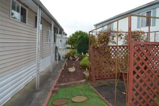 """Photo 13: 177 1840 160 Street in Surrey: King George Corridor Manufactured Home for sale in """"Breakaway Bays"""" (South Surrey White Rock)  : MLS®# R2316693"""