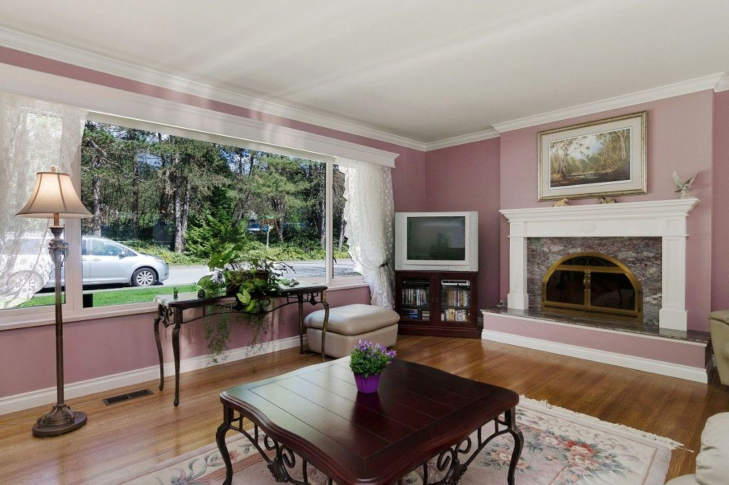 Photo 6: Photos: 4021 RUBY Avenue in North Vancouver: Edgemont House for sale : MLS®# V1116224