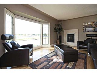 Photo 4: 3216 LANCASTER Way SW in Calgary: Lakeview House for sale : MLS®# C3654257