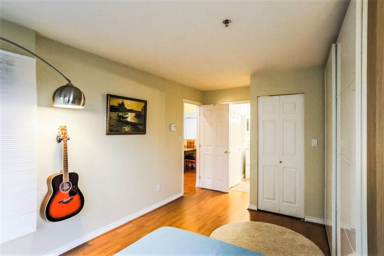 """Photo 8: Photos: 404 1148 WESTWOOD Street in Coquitlam: North Coquitlam Condo for sale in """"THE CLASSICS"""" : MLS®# R2229994"""